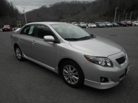 Pre-Owned 2010 Toyota Corolla  Front-wheel Drive Sedan
