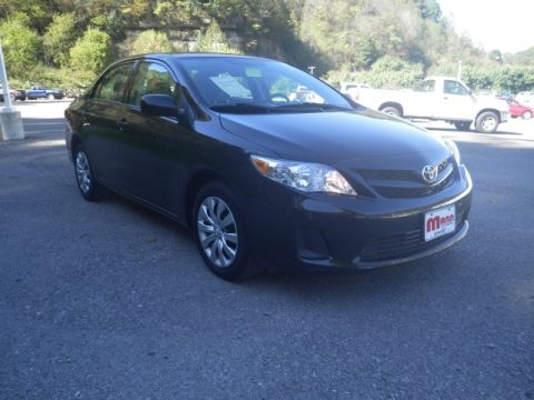 Pre-Owned 2012 Toyota Corolla  Front-wheel Drive Sedan LE