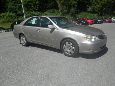 Pre-Owned 2003 Toyota Camry LE Front-wheel Drive Sedan