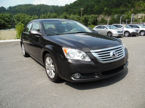 Pre-Owned 2009 Toyota Avalon XL Front-wheel Drive Sedan