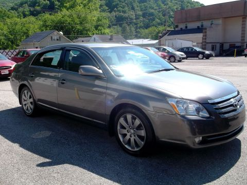 Pre-Owned 2007 Toyota Avalon  Front-wheel Drive Sedan