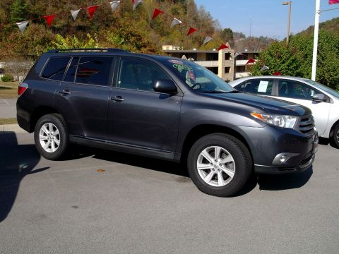 Certified Pre-Owned 2013 Toyota Highlander  AWD