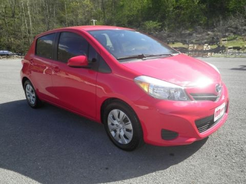 Certified Pre-Owned 2012 Toyota Yaris 5-Door Front-wheel Drive Liftback