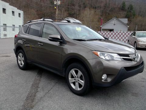 Pre-Owned 2013 Toyota RAV4 4WD AWD