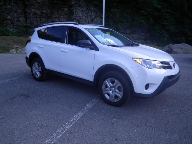 Pre-Owned 2014 Toyota RAV4 4WD